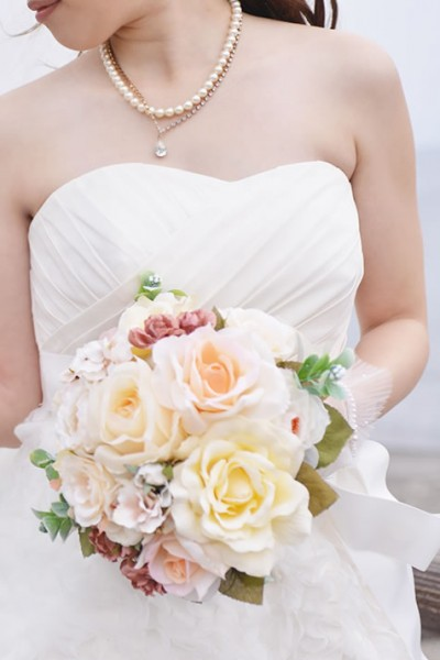 http://www.with-pg.jp/data/wp-content/uploads/2014/06/bridal04-400x600.jpg